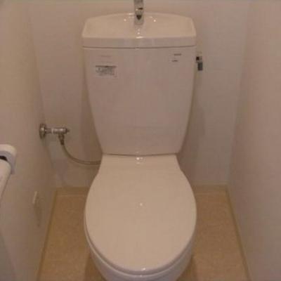 トイレも実にシンプル。