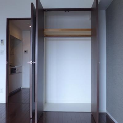 収納スペースもしっかりあります!※写真は別部屋になります。