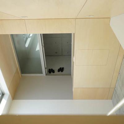 ロフトから見下ろしたところ。※写真は別部屋です。