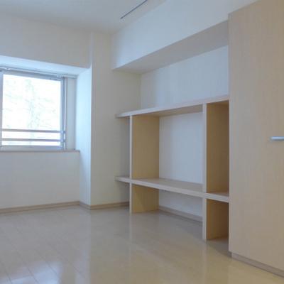 収納スペースも十分にあって大満足!※写真は別部屋になります。