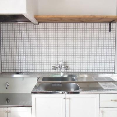 キッチンはヴィンテージで可愛い!