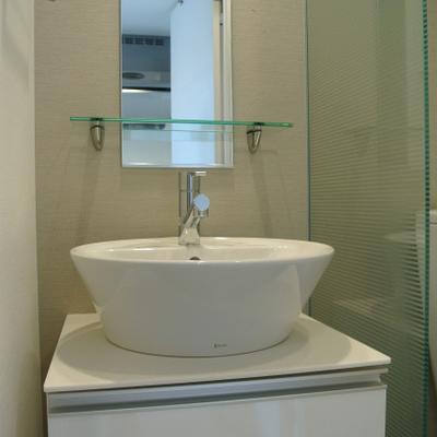 円い洗面台
