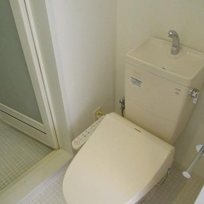 トイレは別です。