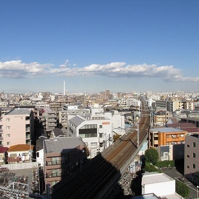 眺望は最高です。どこまでも見渡せます。 ※写真は8階です。