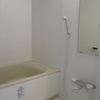 お風呂、広いですね。
