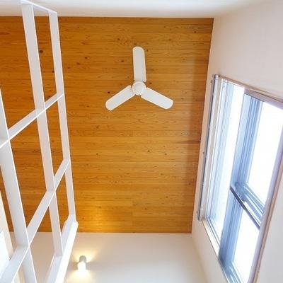 無垢の天井ってこんなに素敵なんですね。※写真は別部屋です