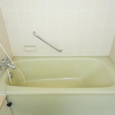 お風呂はゆったり浸かれます