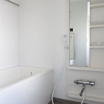 ゆったりとした空間で清潔感があります