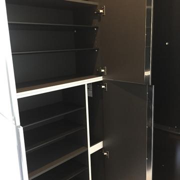 玄関の靴箱収納