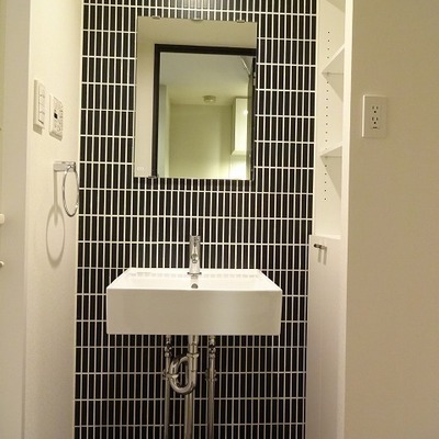 洗面台のタイルがポイント