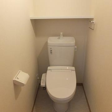 トイレ個室。