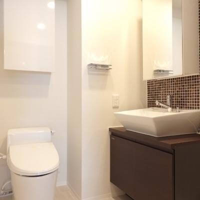 トイレと洗面台の立ち位置はこう!