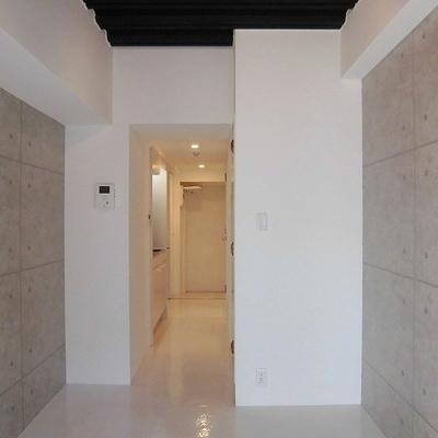 コンクリート×ホワイト
