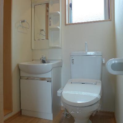 トイレと洗面台は同スペース