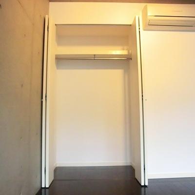 クローゼットは普通サイズ。※写真は別部屋です