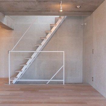 すっきりシンプルな3階部分。