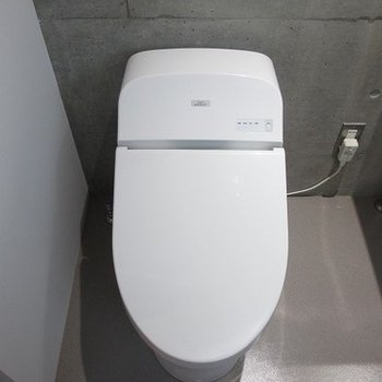 しゅっとスマートなトイレ。