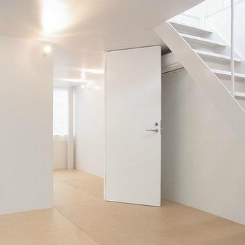 地下2部屋も明るいです。