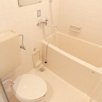 コンパクトなバスルーム