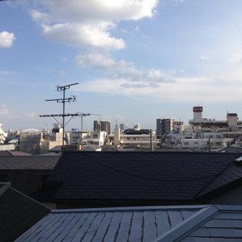 4階という高さではありますが、眺望は悪くないです。