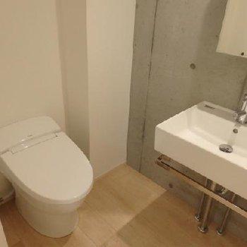 トイレ!新品!
