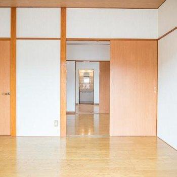 引き戸を外せば、さらに開放感あるお部屋に大変身!