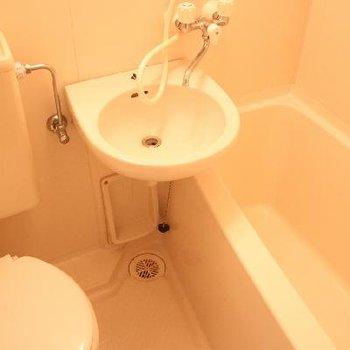 きゅっとまとまった、お風呂・トイレ・洗面台