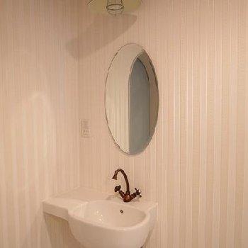 蛇口まで可愛い洗面台。※写真は別部屋です