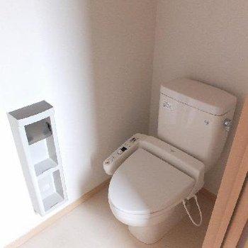トイレはウォシュレットついてます♪※画像は別室ですがトイレのタイプは同じです