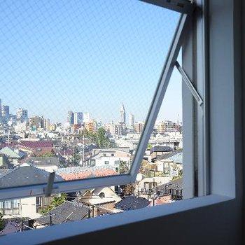 窓からの眺望が気持ちいい!!
