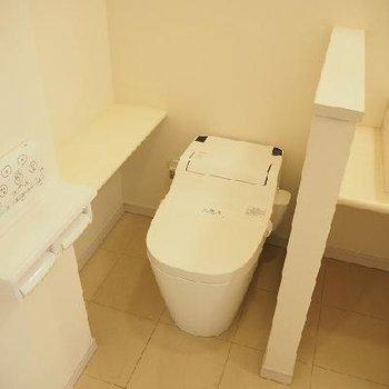 トイレもいいですね!※写真は105号室
