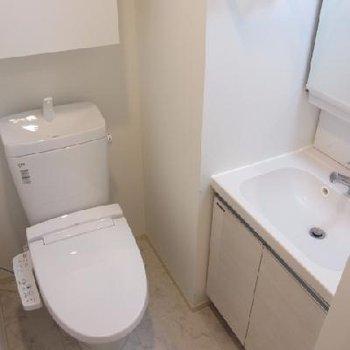 トイレと洗面台は同じところに