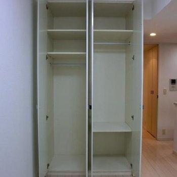棚は可動式です※写真は別室です