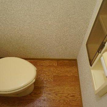 トイレには収納が◎