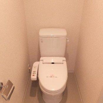 トイレと洗面スペースは同空間。