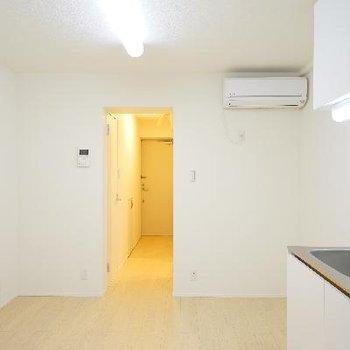 シンプルなので使いやすいお部屋です!