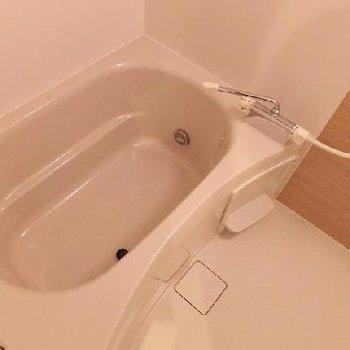 お風呂はこちら ※写真は別部屋