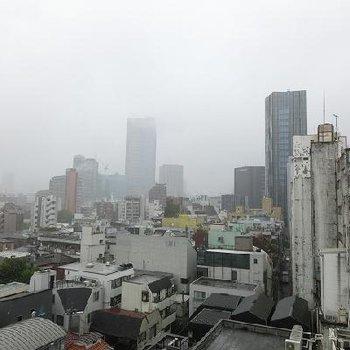 都会の眺め ※写真は別部屋です