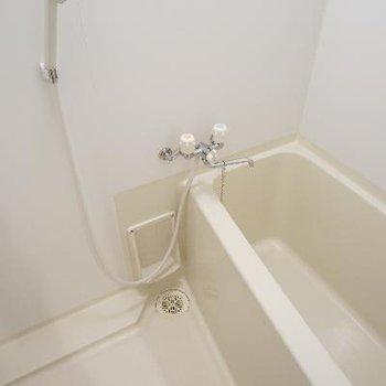お風呂は乾燥機付き♪