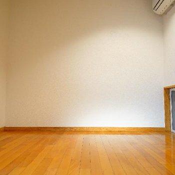1階の6帖の洋室。
