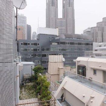 どーんと都会の風景が見えます。