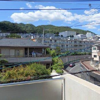 この六甲山の光景よ!! ※写真は201号室