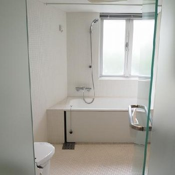 この空間に水周りがあります。※写真は別部屋