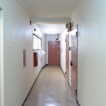 この廊下、まさかあんなお部屋が待っているなんて…