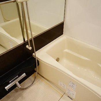 お風呂はゆったり機能面に文句なし!