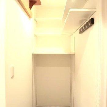 玄関サイドのユーティリティスペース★