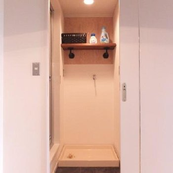 洗濯機置場前が脱衣スペース