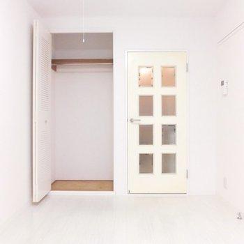 ドア閉めるとこんな感じ