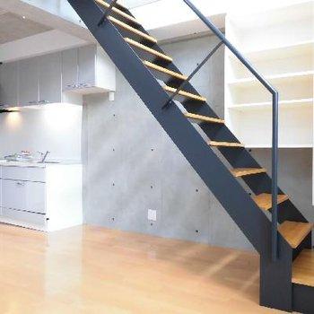 階段登ってみましょう♪