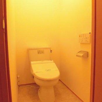 個室トイレでゆったり感♪